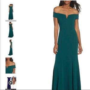 Vince Camuto emerald off shoulder gown